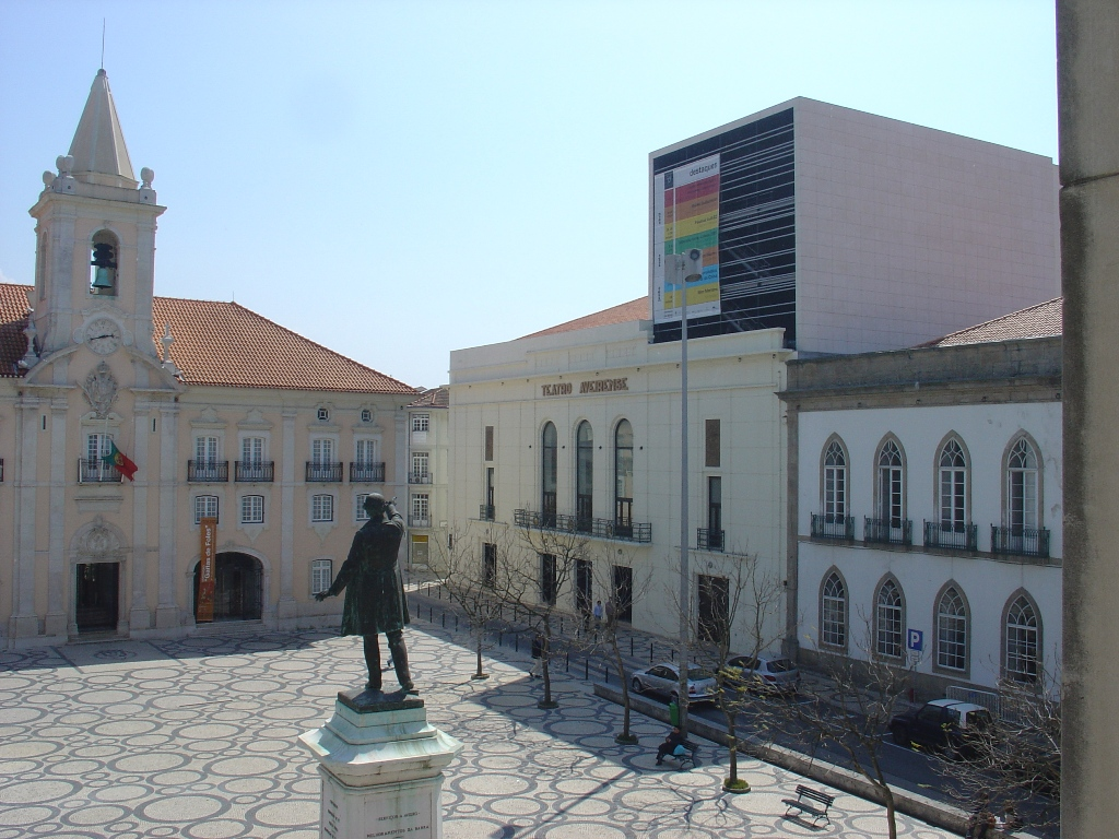 pacos-do-concelho-e-teatro-aveirense